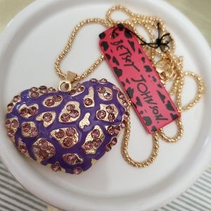 NWT Betsey Johnson Heart